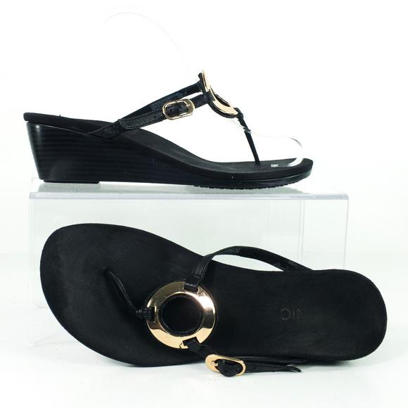 5ccc02cdbc6ef8 Vionic Thong Sandal Black Leather Orthotic Comfort.  M 5b7813851b32944b1911e269